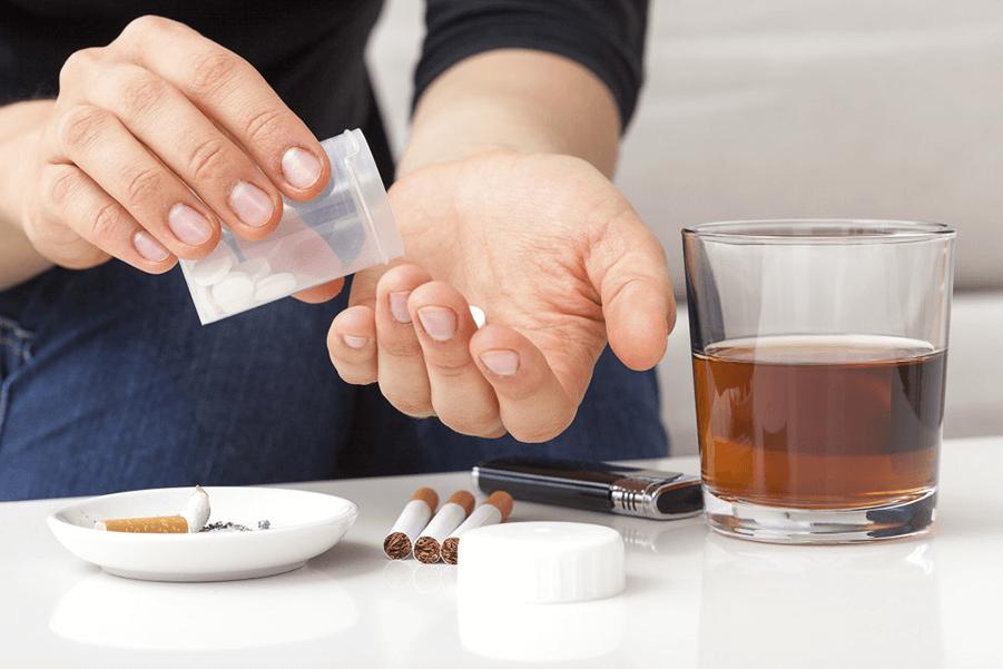 تنباکو و سیگار، ماده مخدر دروازهای