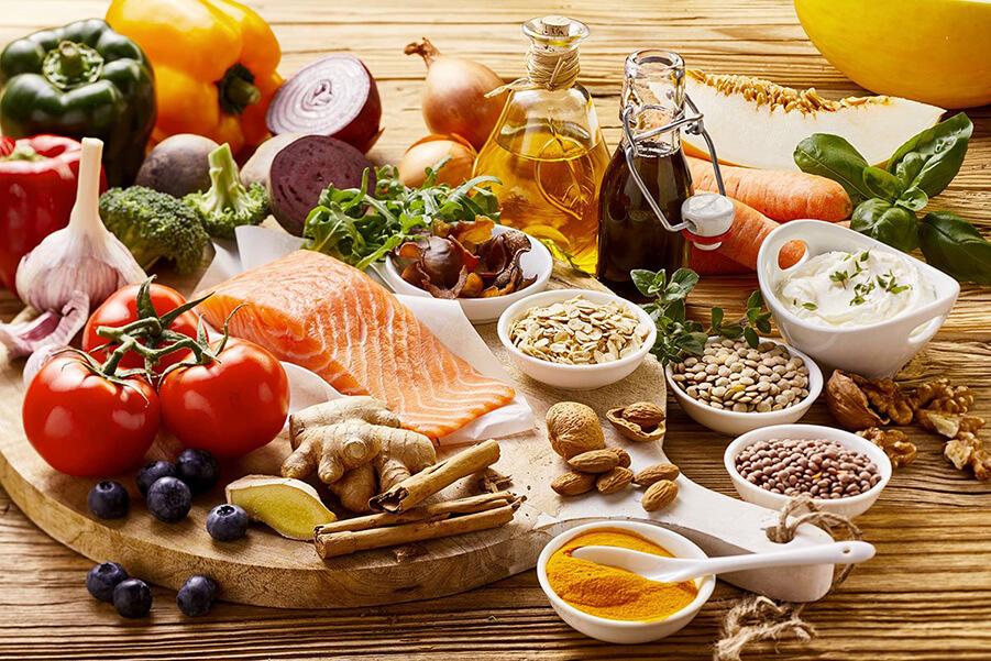 غذای سرشار از پروتئین و کربوهیدرات