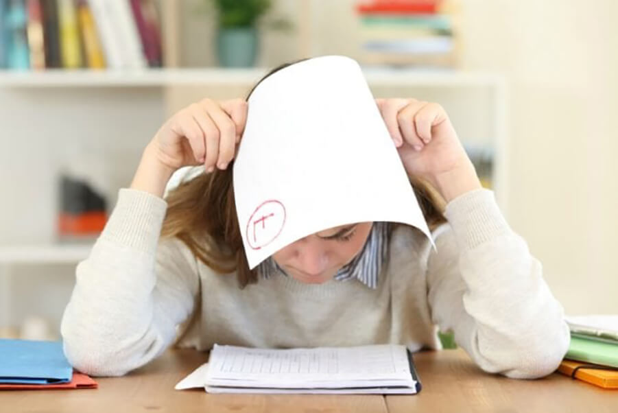 افت تحصیلی از علائم اعتیاد نوجوانان