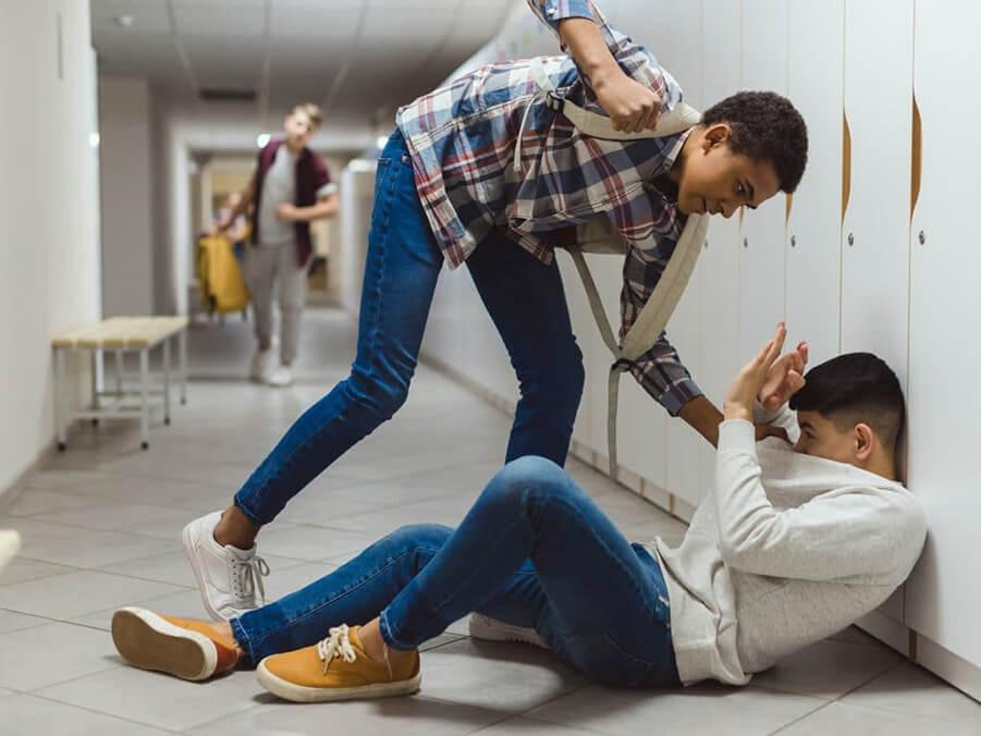 پرخاشگری از عوامل اعتیاد در نوجوانان