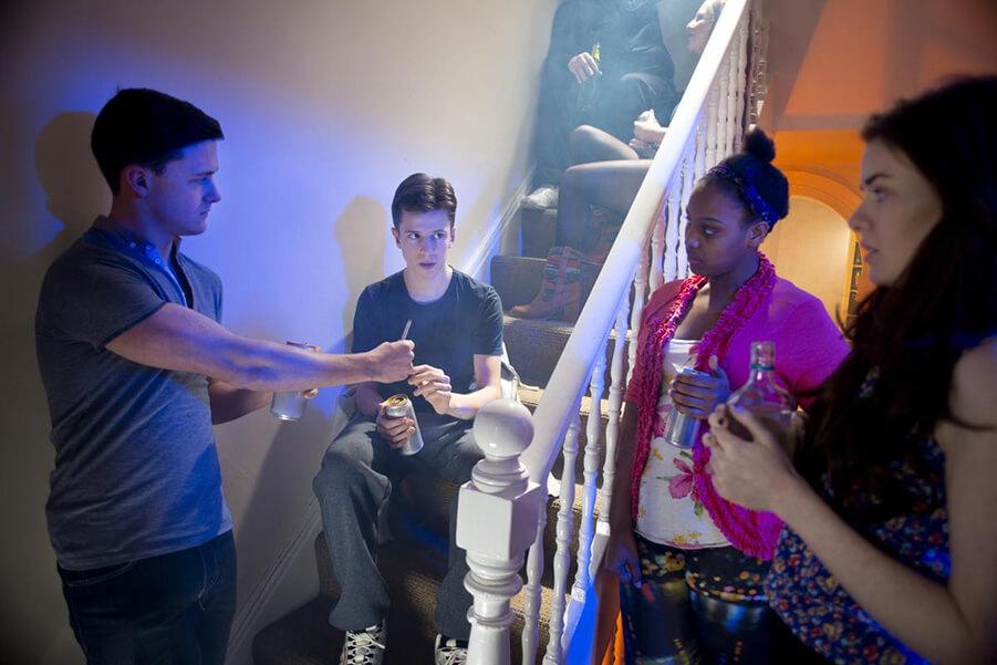 نداشتن مهارت نه گفتن از عوامل مصرف مخدرها در نوجوانان